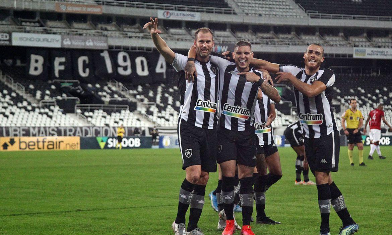 © Vitor Silva/Botafogo/Direitos Reservados
